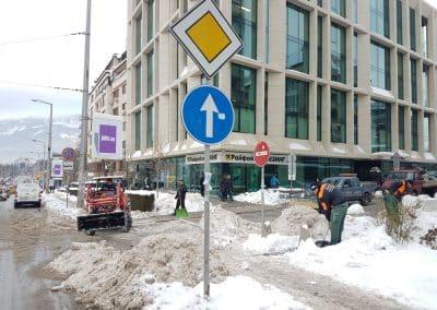Zemen Rai_Manual snow cleaning (1)