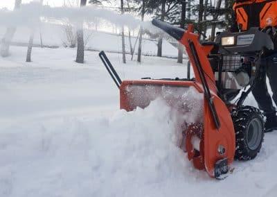 Zemen Rai_Manual snow cleaning (3)