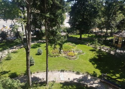 Zemen_Rai_rock garden (5)